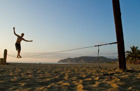 Curta o verão: 05 esportes para praticar na praia